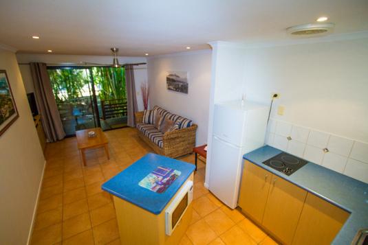 sunbird-gardens-livingroom